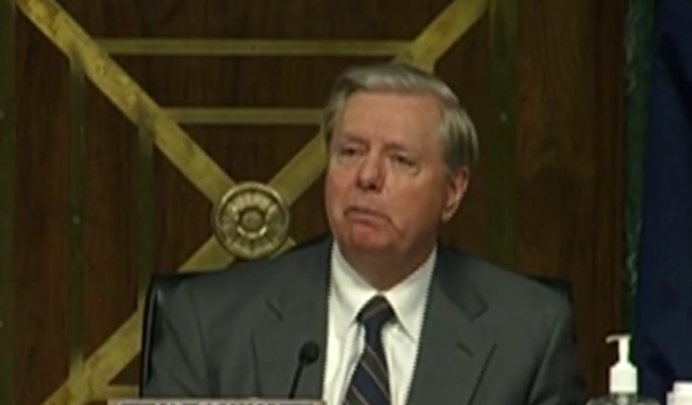"""Lindsey Graham Says Obama Officials Are """"Good Candidates To Go To Jail"""""""