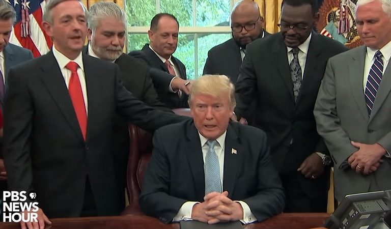 """Trump Reportedly Once Said After Meeting With Evangelical Christians Where They Prayed For Him: """"Can You Believe People Believe That Bullsh*t?"""""""