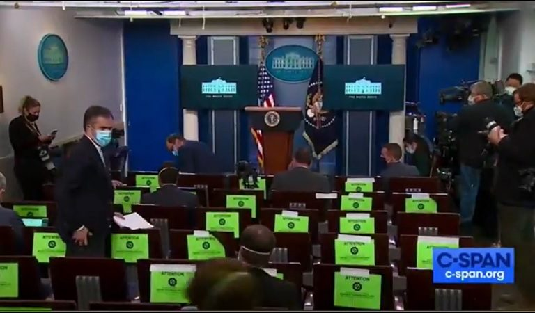 "White House Reporter Seems Bewildered By Trump's Short Press Briefing: ""Well, That Was Weird As Sh*t."""